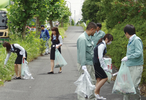 地域環境美化運動への参加